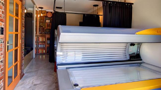 Black Market For Suntans Emerges Following Government Bans On Solariums